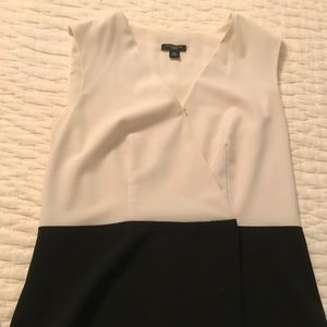 Ann Taylor black and cream sleeveless blouse